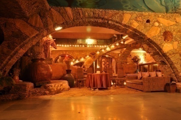 unique wedding banquet hall with vintage cave-like architecture.