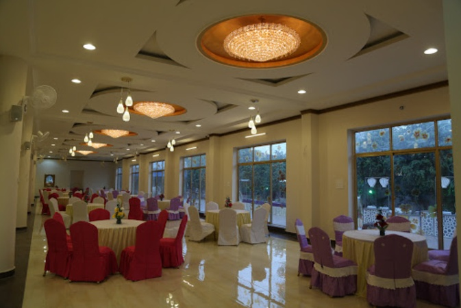G Rest Hotel and Resort Kanpur Road Lucknow - Banquet Hall