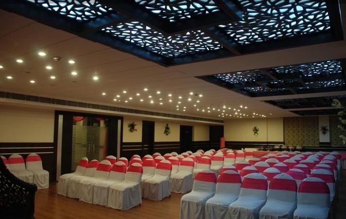 Red Fox Hotel, Rajpur Road, Dehradun