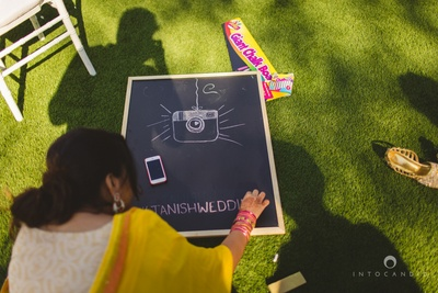 Quirky chalk board ideas for an outdoor day wedding