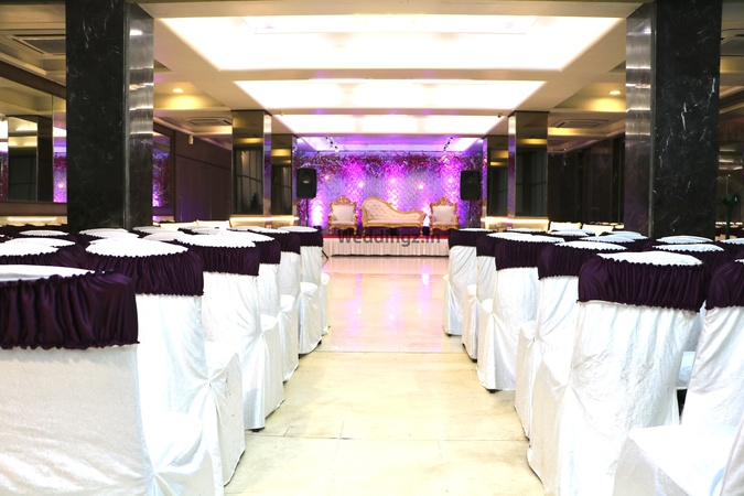Flag's Marriage And Party Hall Malad West Mumbai - Banquet Hall