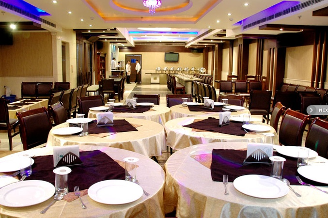Hotel Palmdale Zirakpur Chandigarh - Banquet Hall