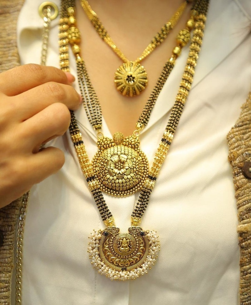 10 Offbeat Mangalsutra Designs For The New Age Bride Blog