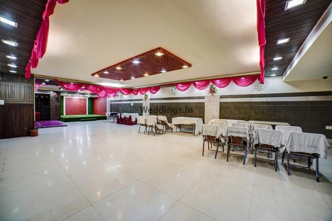 Hotel Vaani Continental Govind Nagar Kanpur - Banquet Hall