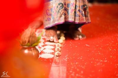 Maharashtrian wedding ritual photography