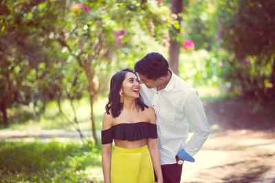 Candid photography of the bride and groom during their Goa pre wedding photoshoot