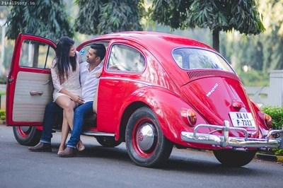 Pratibha and Ashwin posing cutely for their pre wedding shoot.