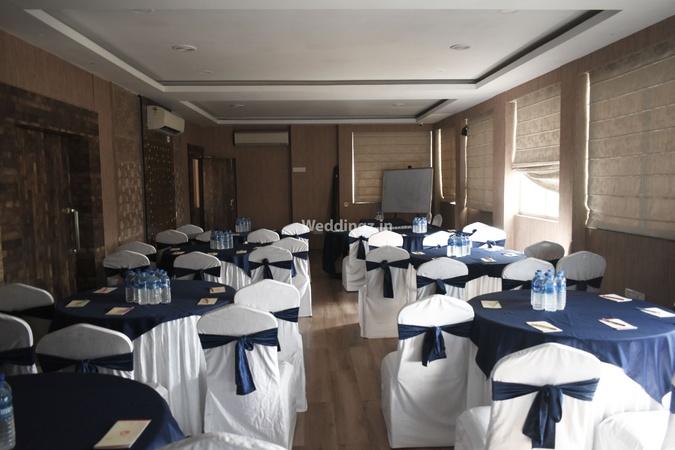 Hotel Comfotel Ballygunge Kolkata - Banquet Hall