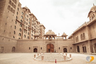 Lavish and grand outer view of the luxurious Hotel Fairmont, Jaipur
