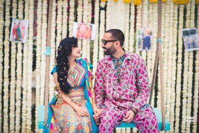 Mehendi decor ideas with cute couple shot