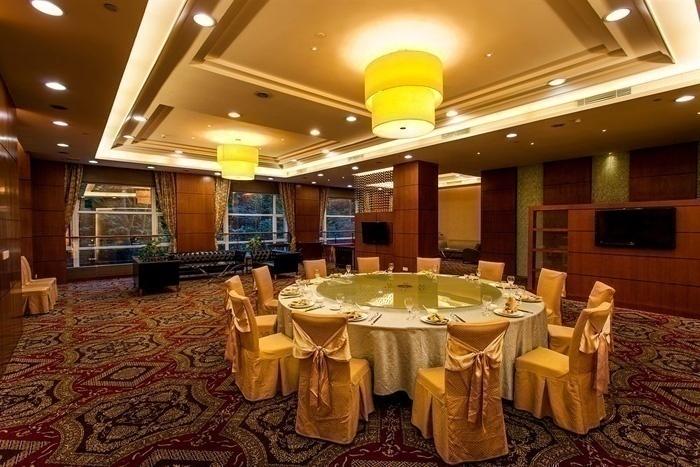 Lotus Banquets