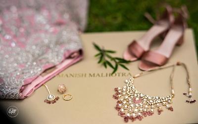 pale pink jewellery and lehenga