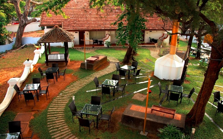 Old Lighthouse Bristow Hotel Fort Kochi Kochi - Wedding Lawn