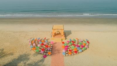 beautiful mandap and seating arrangement at the beach