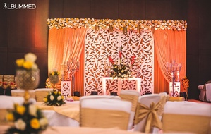 Wedding stage photos wedding stage deoration photos weddingz stage decor for the engagement ceremony junglespirit Image collections