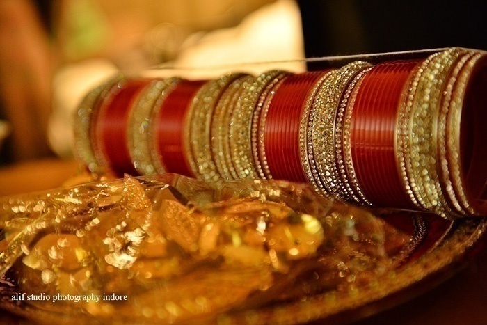 Significance of bangles for Indian brides
