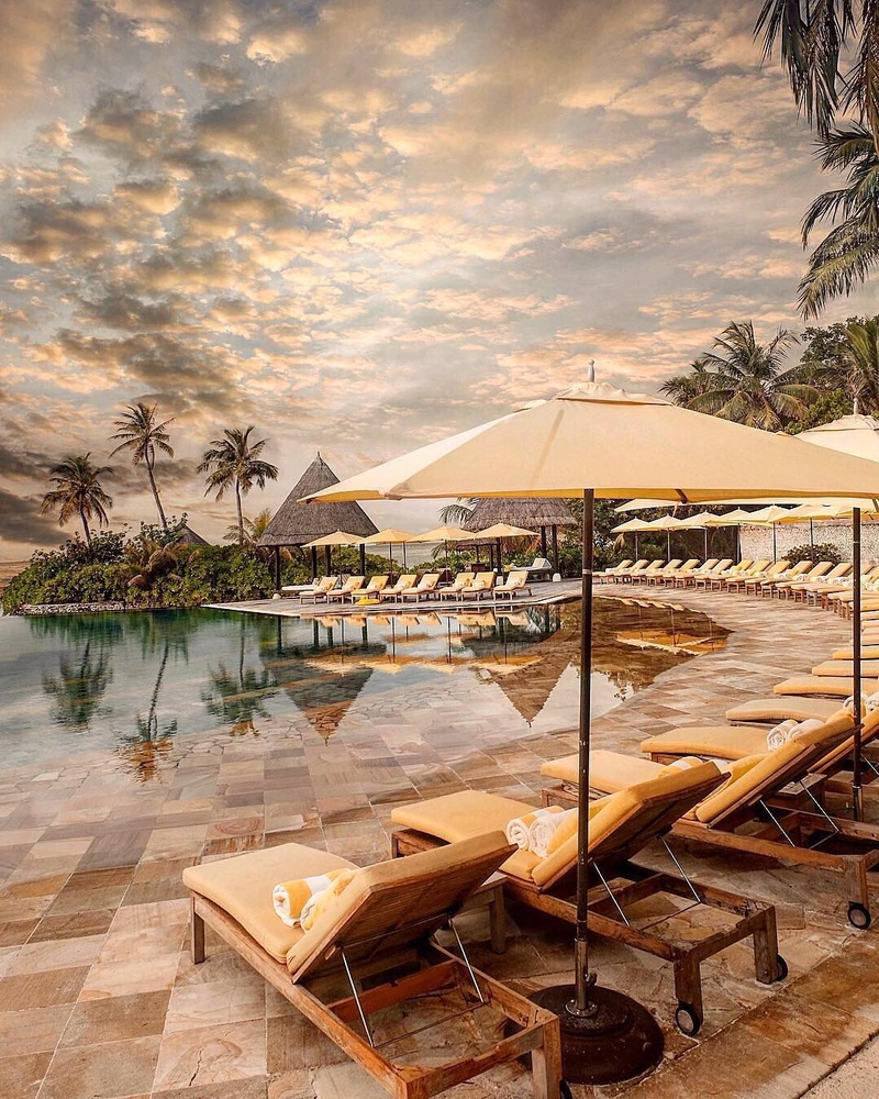 7 Luxurious Honeymoon Destinations Hotels: 10 Most Beautiful & Exotic Honeymoon Hotels Around The