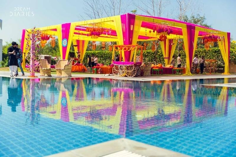5. A Poolside Mehendi: