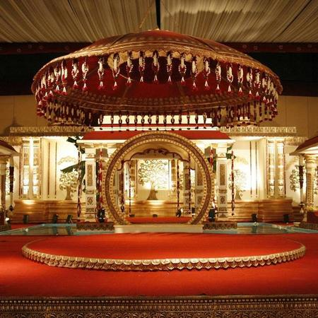 King & Queen Event | Surat | Wedding Planners