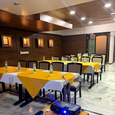 Rockland Hotel Chittaranjan Park Delhi - Banquet Hall