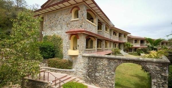 Cama Rajputana Club Resort - Mount Abu