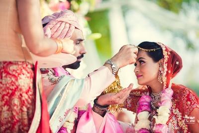 sindoor ritual for the wedding ceremony
