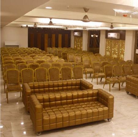 The Prabha International Lashkar Gwalior - Banquet Hall