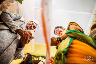 Wedding photography of the bride and groom during the wedding ceremony