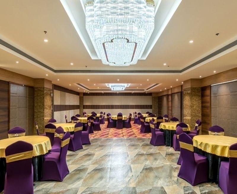 Seasons Banquets, Akurdi, Pune