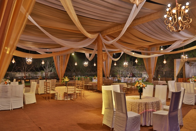 V Resorts Master Farms Zirakpur Chandigarh - Banquet Hall