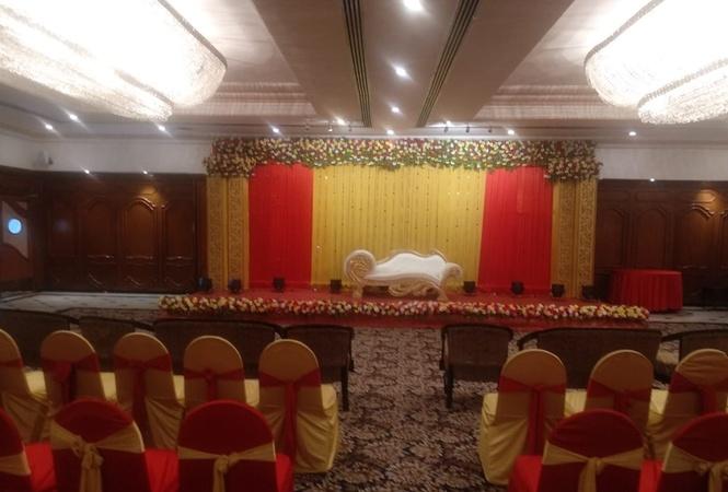 Tuli International Sadar Nagpur - Banquet Hall