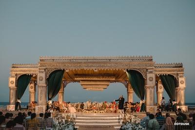 A larger-than-life opulent mandap set up for the Hindu wedding.