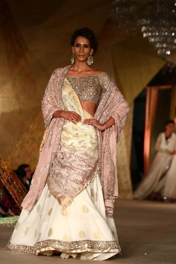 All the Wedding Inspiration You Need from Manish Malhotra's Regal Threads Collection