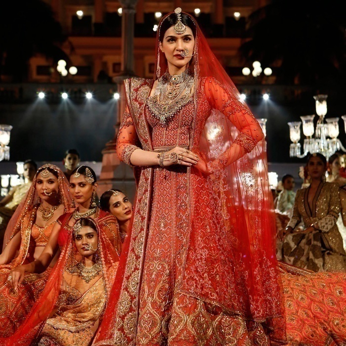 Bridal Couture By Tarun Tahiliani For The Wedding Times Fashion Fiesta Bridal Wear Wedding Blog