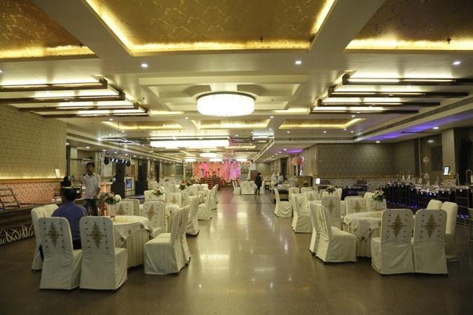 Sk dgrand cabana kirti nagar delhi banquet hall weddingz sk dgrand cabana stopboris Image collections