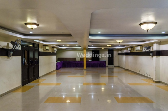 Hotel Raj Palace Charbagh Lucknow - Banquet Hall