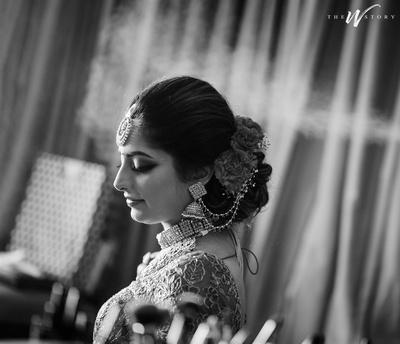 beautiful black and white bridal portrait