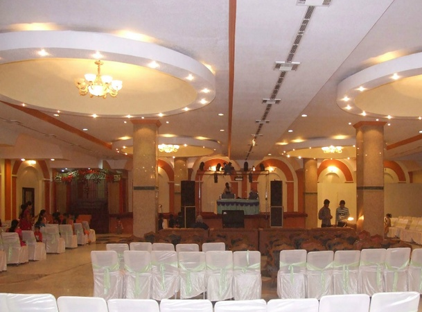 Hotel Mohini Resorts Sector 32A Ludhiana - Banquet Hall