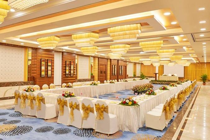 Club Emerald Chembur Mumbai - Banquet Hall
