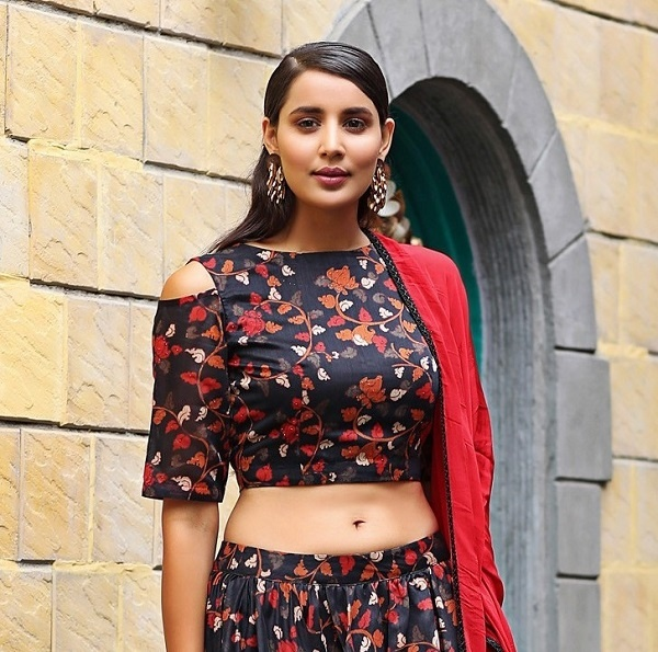 6 Lehenga Blouse Trends We Noticed In Bridal Fashion This