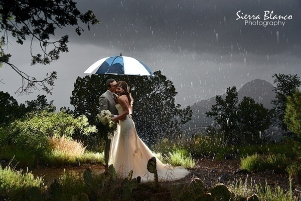How to deal with rain on your wedding day blog how to deal with rain on your wedding day junglespirit Gallery