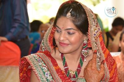 Jadtar and kundan studded wedding jewellery