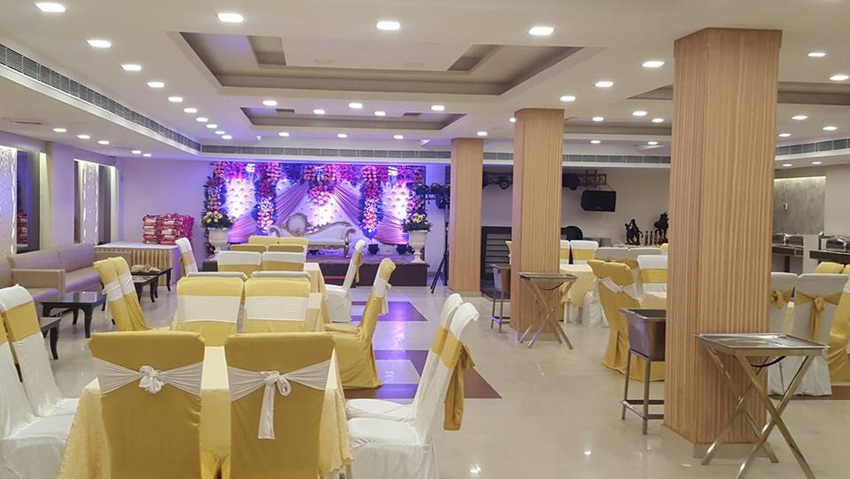 Tiffany kirti nagar delhi banquet hall weddingz overview stopboris Image collections