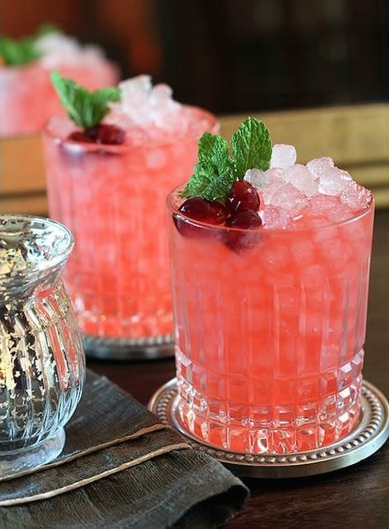 5 Cocktail Recipes to Turn Up the Heat at Your Winter Wedding. #WinterWeddingSeries