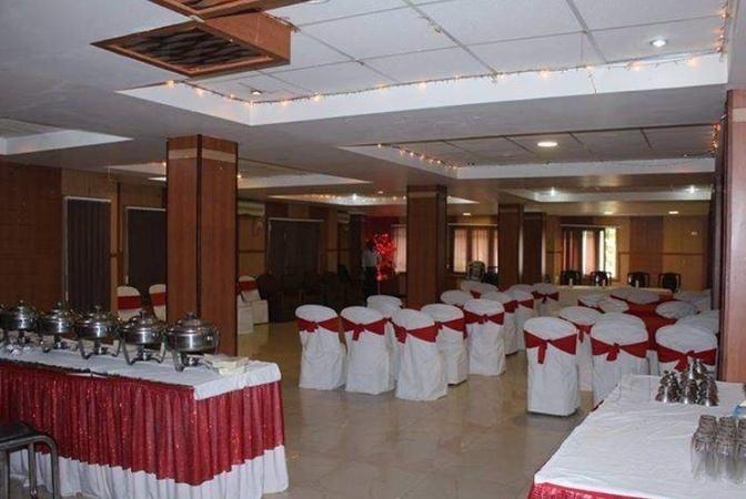 Hotel Appolo, Pradhan Nagar, Siliguri