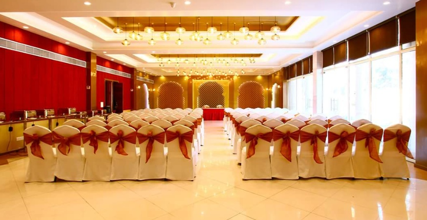 Casa Meera Hotel Sector 70 Noida - Banquet Hall