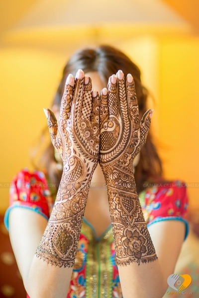 Unique detailed mehendi designs