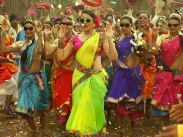 Dancing to classics like Mehndi Laga Ke Rakhna with your girls is a must at your Bollywood themed Sangeet