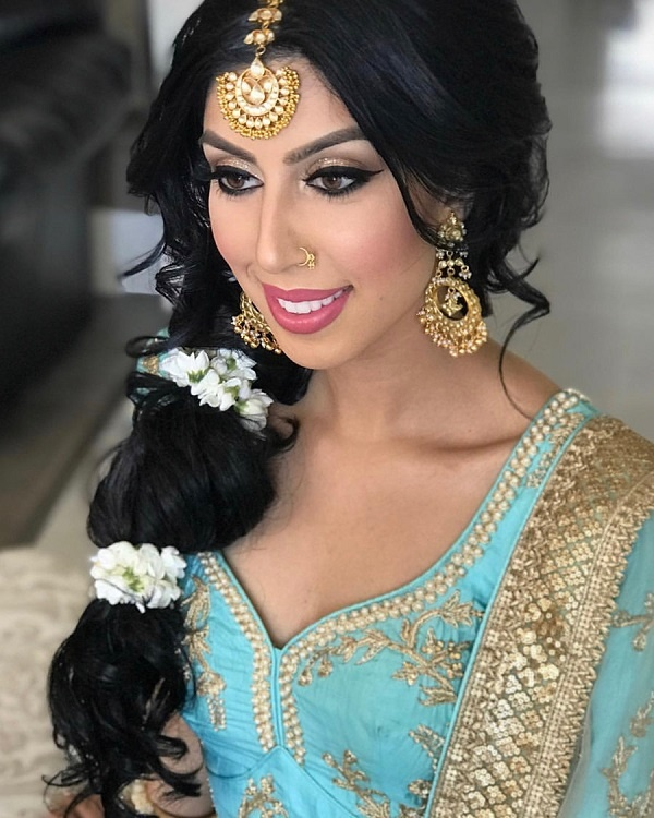 Wedding Hairstyle Gajra: 15 Trending Gajra Hairstyles That We Spotted On Real