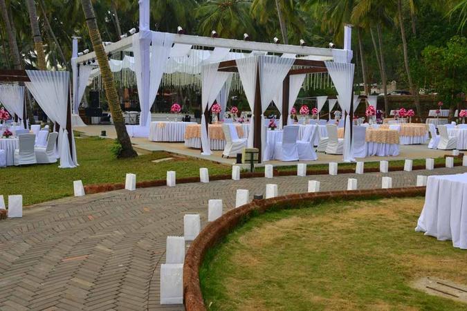Bay 15 Dona paula Goa - Banquet Hall